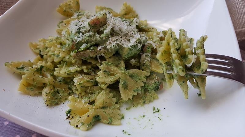 farfalle-con-spinaci-e-pancetta-2