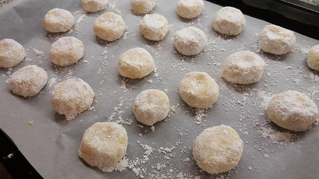 preparazione-biscotti-al-limone-11