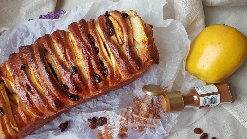 pull-apart-bread-con-mele-e-cannella-1