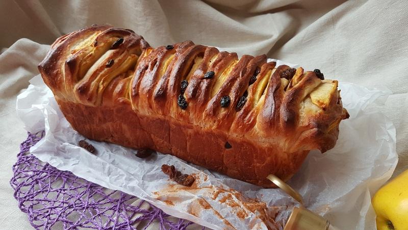 pull-apart-bread-con-mele-e-cannella-2