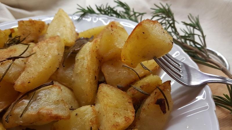 patate-al-forno-croccanti-fuori-e-morbide-dentro-2