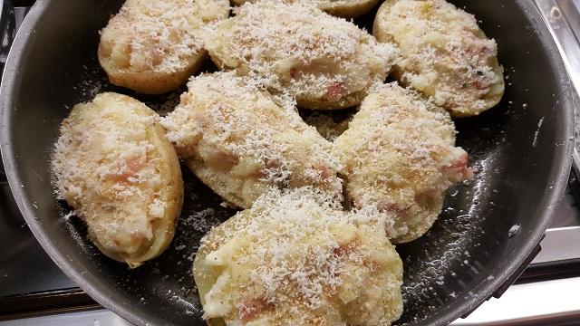preparazione-patate-ripiene-8
