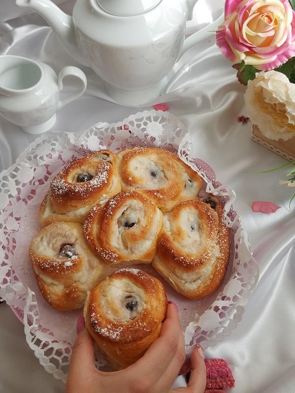 torta-di-rose-con-ricotta-e-amarene-2
