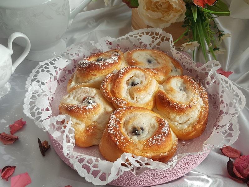 torta-di-rose-con-ricotta-e-amarene