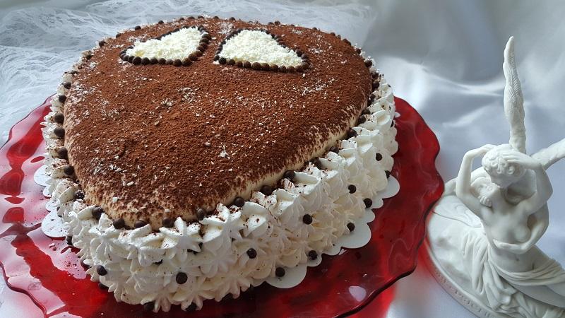 torta-di-san-valentino-con-crema-al-mascarpone-2
