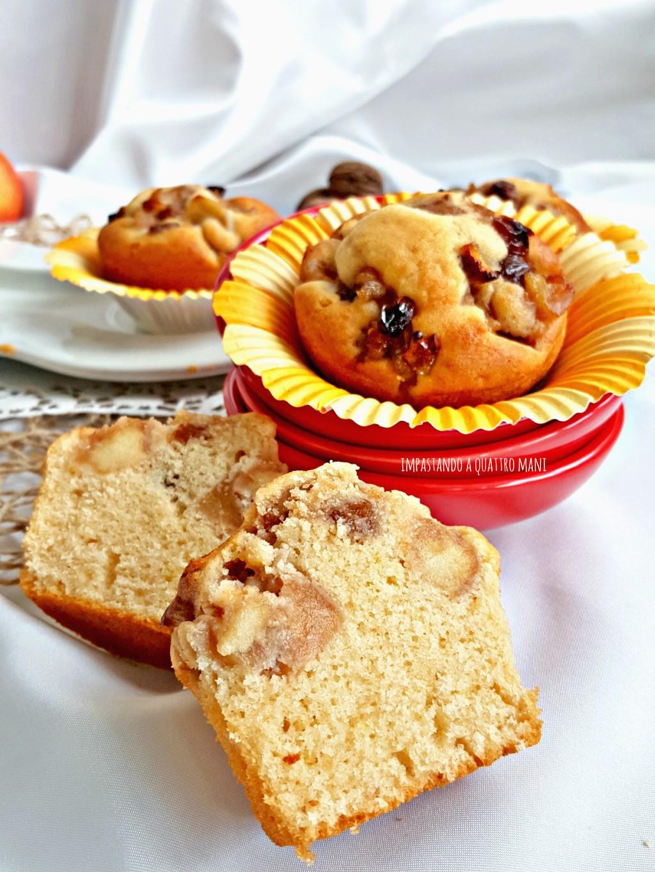 muffin con mele noci e uvetta