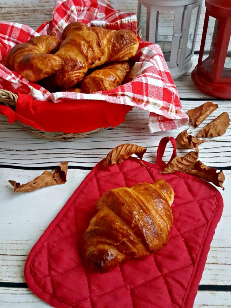croissant sfogliati francesi