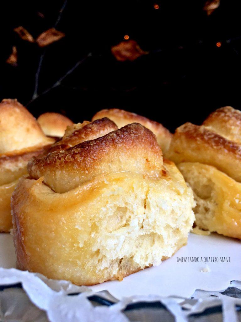 torta di rose a lievitazione naturale con burro e zucchero