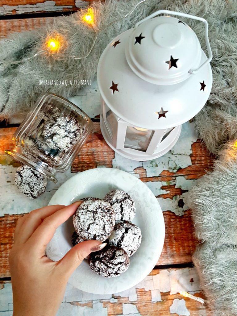 chocolate crinkles, i boscotti al cioccolato con le crepe