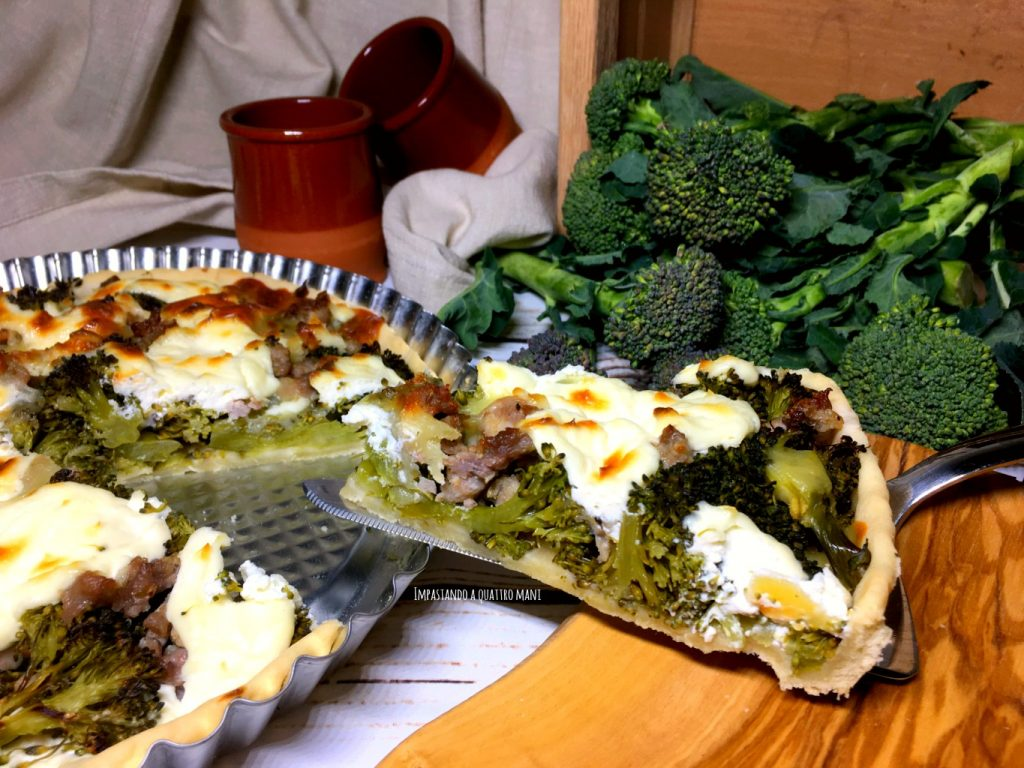 torta salata con broccoli e salsiccia