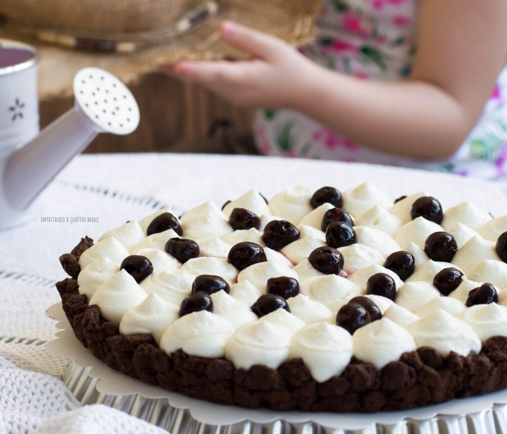 sbriciolata al cacao con Camy cream alla ricotta e amarene