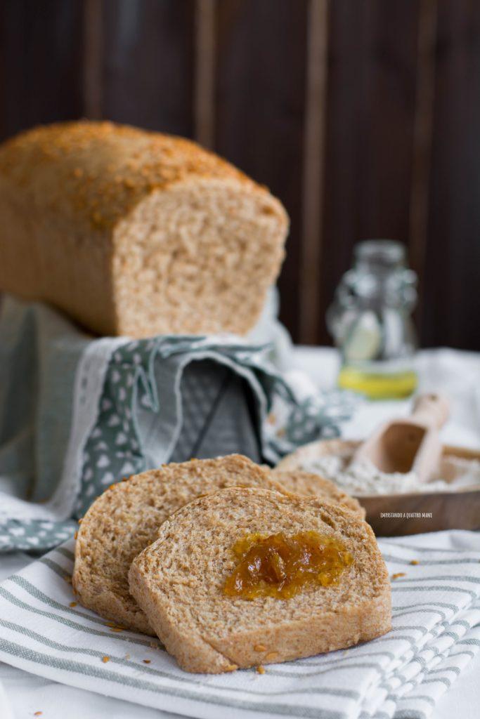 pan bauletto integrale con olio di semi di lino e lievito di birra